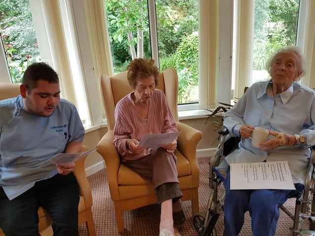 Guitar Sing-a-long – 1st August 2017 - Hallamshire Care Home
